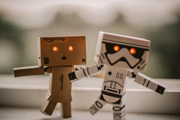 Cardboard-robots-600-x-400